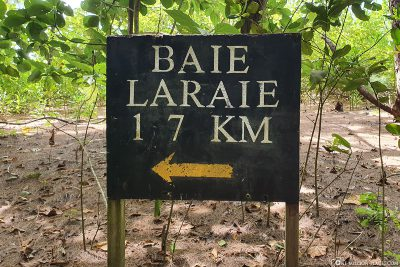 The trail to Laraie Bay