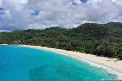 Der lange Strand des Anse Intendance