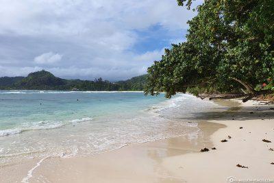 Der Baie Lazare Beach