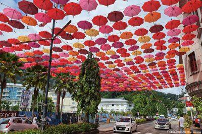 Der Regenschirmhimmel Absa Boulevard