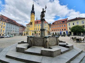 Ritter Dutschmann Brunnen auf dem Hauptmarkt