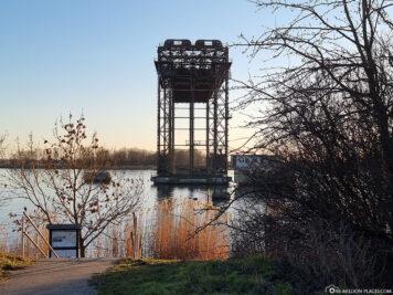 Die Hubbrücke Karnin