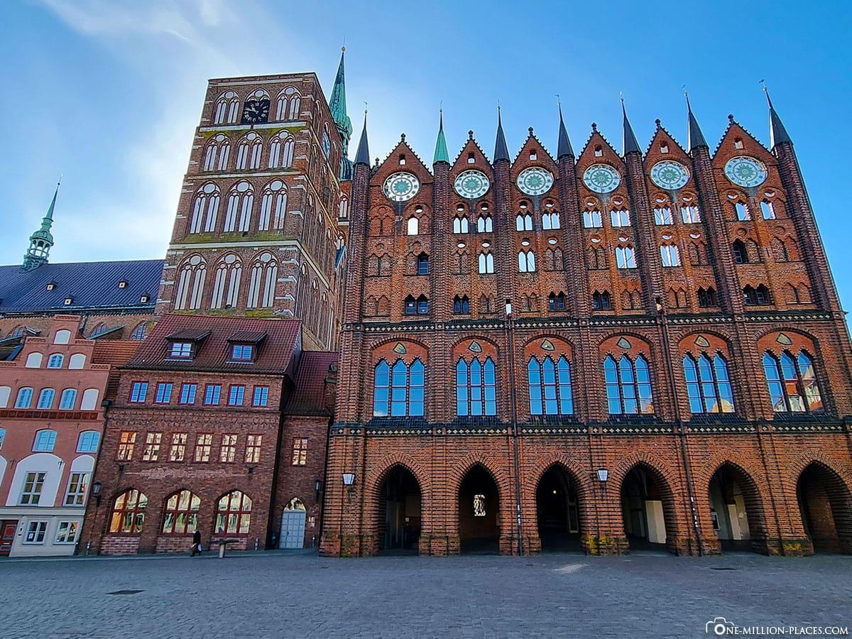 Rathaus, Stralsund, Sehenswürdigkeiten, Fotospots, Ostsee, Mecklenburg-Vorpommern, Deutschland, Reisebericht