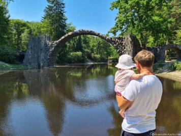 Blick auf die Rakotzbrücke