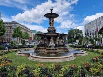 Der Brunnen am Corneliusplatz