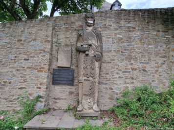 Statue in the castle park