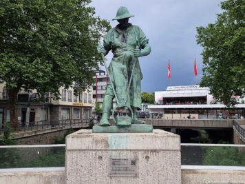 Statue of the miner