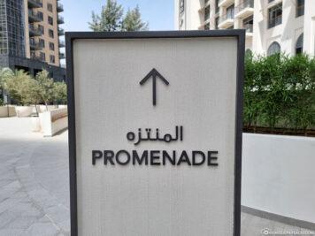 Path to the promenade