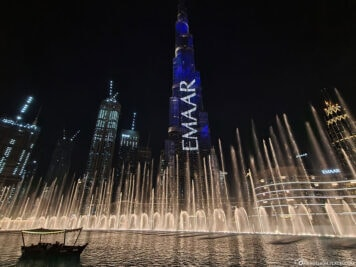 Dubai Fountain & Burj Khalifa