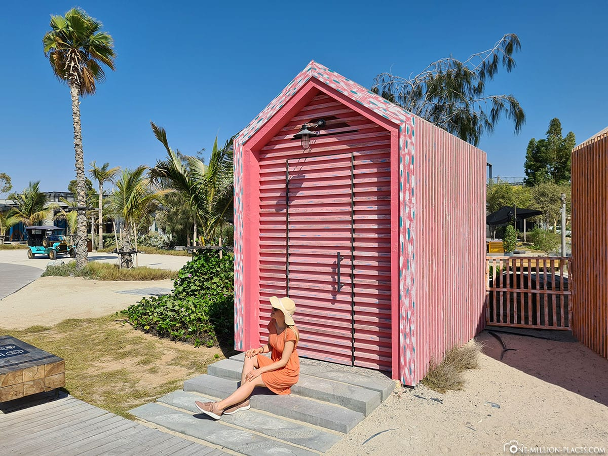 Farbenfrohe Häuser, La Mer, Dubai, Erfahrungen, Reisebericht