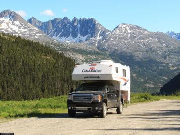 Truck Camper Pick-up