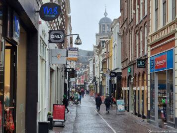Die Einkaufsstraße