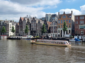 A boat trip through the canals