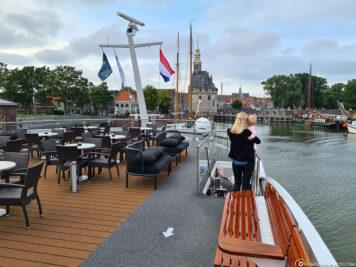 Blick vom Schiff auf das Hoofdtoren