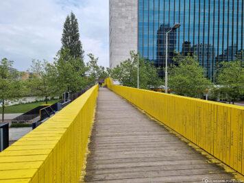 The Luchtsingel Bridge