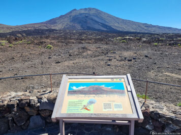 Viewpoint of the volcano Pico Viejo
