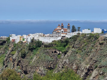 View of the city of Moya